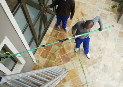 Window cleaning with pole