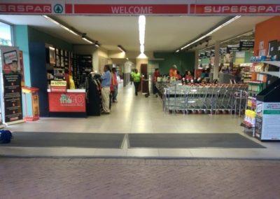 Piquetberg Mall Spar Entrance - pavecleen